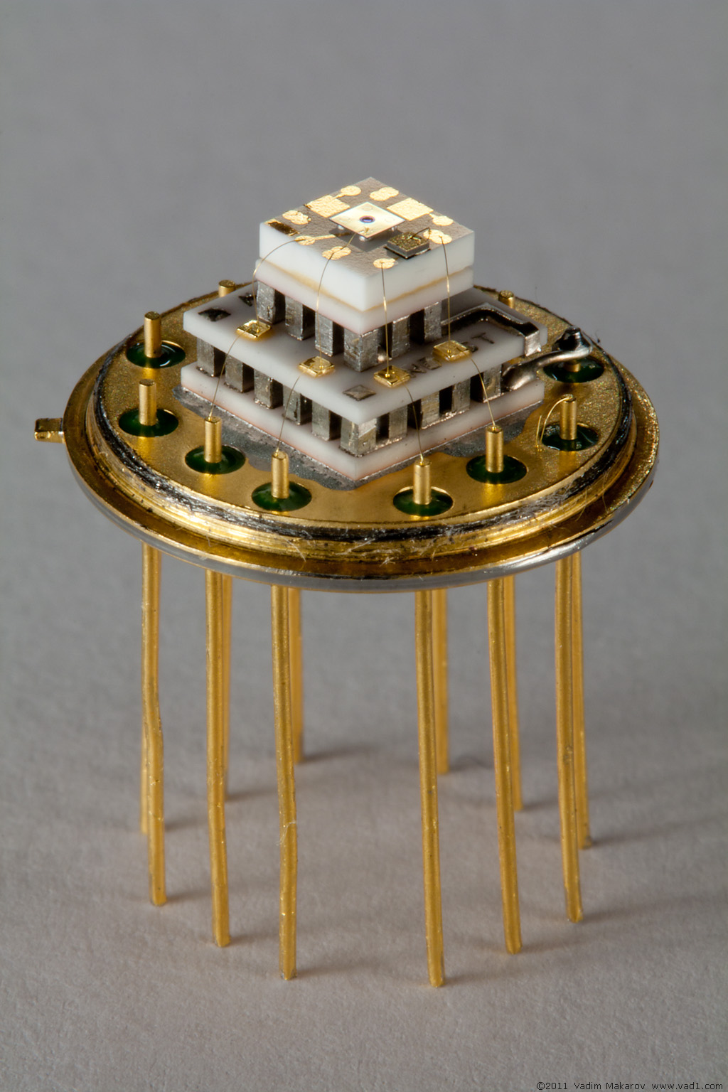 Hacking single photon detector module
